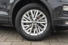 Volkswagen-T-Roc-2